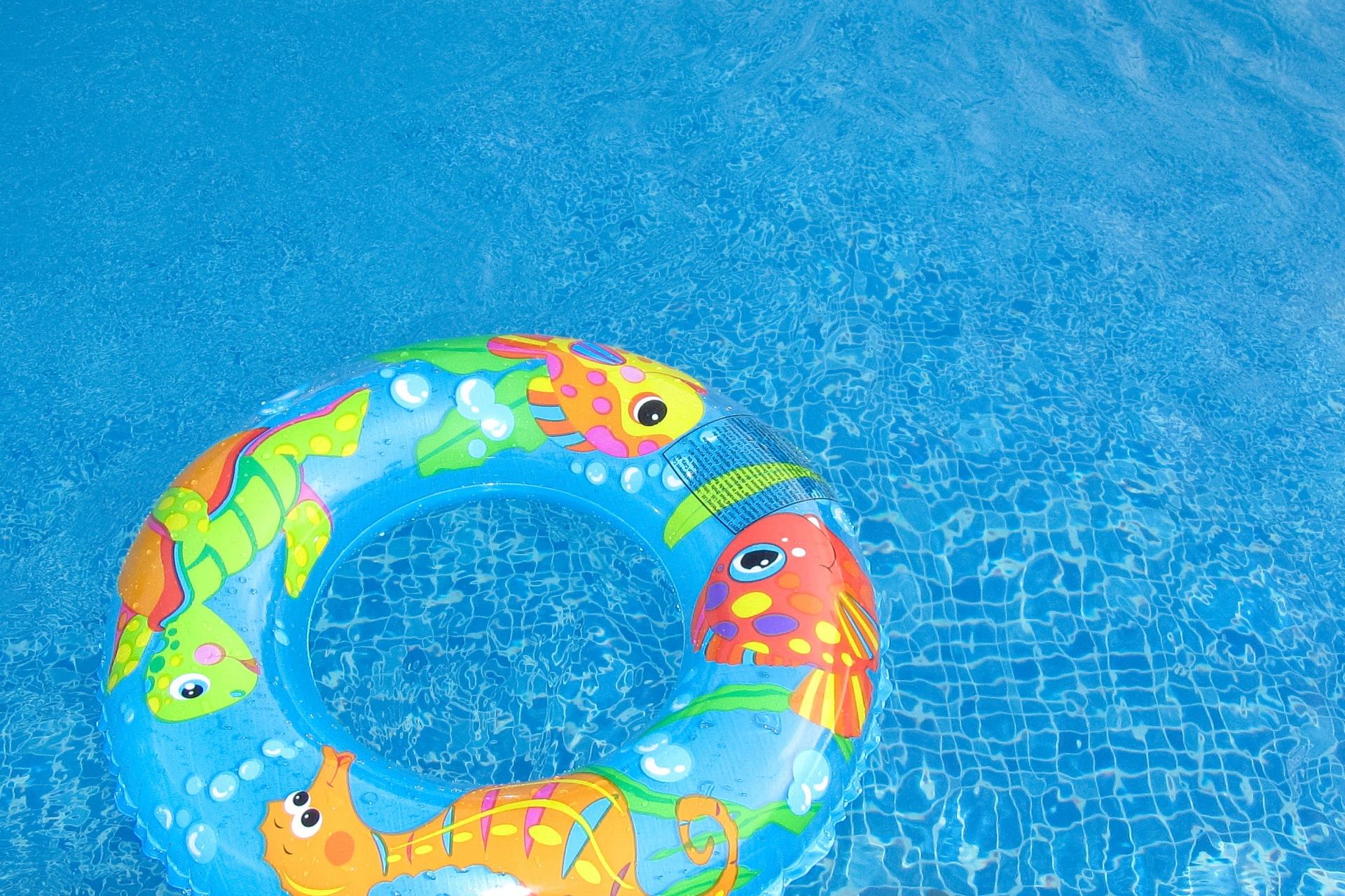 herbruikbare zwemluier of wegwerp zwemluier
